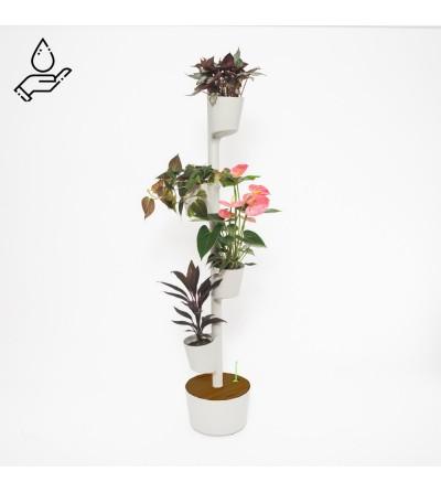 Manual watering vertical planter