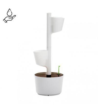Jardinière verticale avec arrosage manuel
