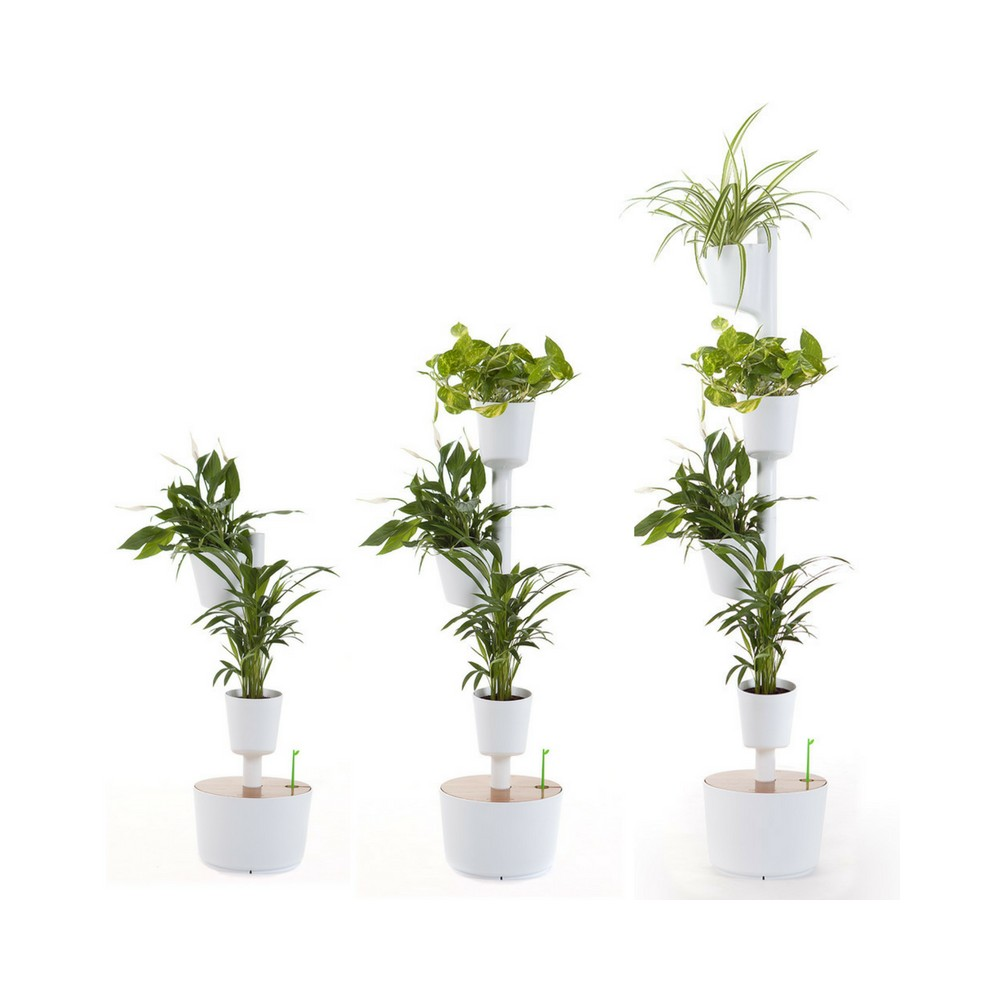 self watering planter with air purifying indoor plants. Black Bedroom Furniture Sets. Home Design Ideas