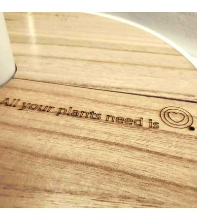 Grabado personalizado en la tapa de madera